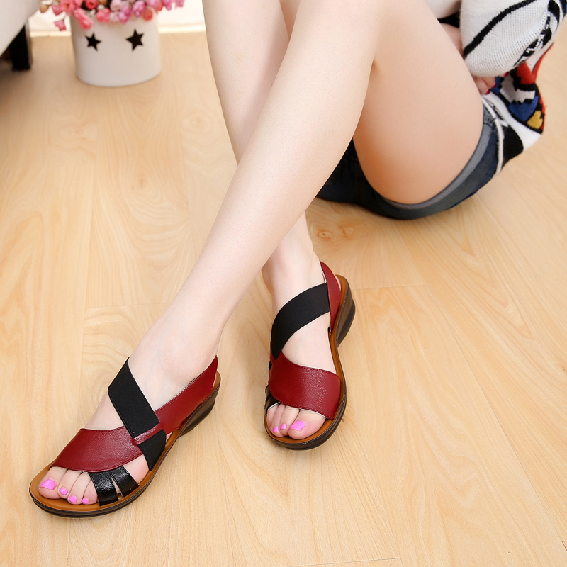 OLOMM Summer New Woman Soft Bottom Middle-aged Sandals Fashion Comfortable Mother Sandals Leather Large Size Women's Shoes 40