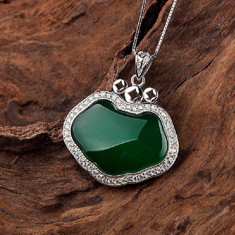 Célèbre marque naturelle pierres semi-précieuses vert calcédoine pendentif collier en cristal amour femme 925 collier en argent