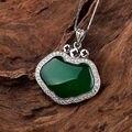 Famosa marca Natural pedras semi-preciosas pingente calcedônia verde jade cristal de ágata feminina amor colar 925 colar de prata