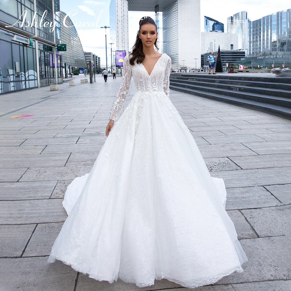 Ashley Carol Sexy V-neckline Luxury Beaded Flowers Lace Princess Backless Wedding Dress 2019 Long Sleeve Elegant Wedding Gowns