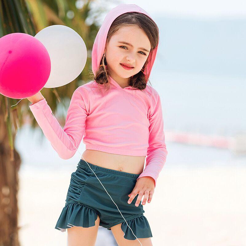 Vacation-Essential-three-Piece-Set-Summer-Children-Girls-Swimwear-Beachwear-Rash-Guard-swim-Hoodie-Dots-Spots