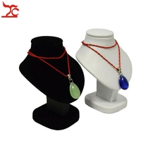 Mini Jewelry Display Bust White PU Pendant Holder Black Velvet Mannequin Necklace Rack Stand Wooden Pendant Portrait Model 11cm недорого