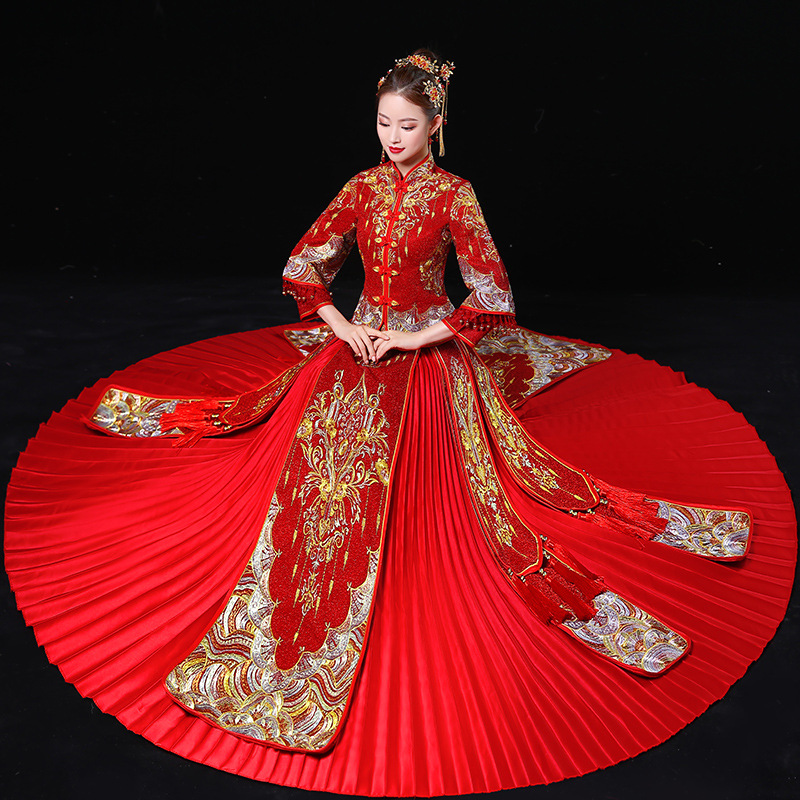 c439e9732f6f7 US $157.08 49% OFF|Women Phoenix Embroidery Wedding Dress Bride Traditions  Traditional Evening Gown Chinese Cheongsam Red Long Sleeve Qipao-in ...
