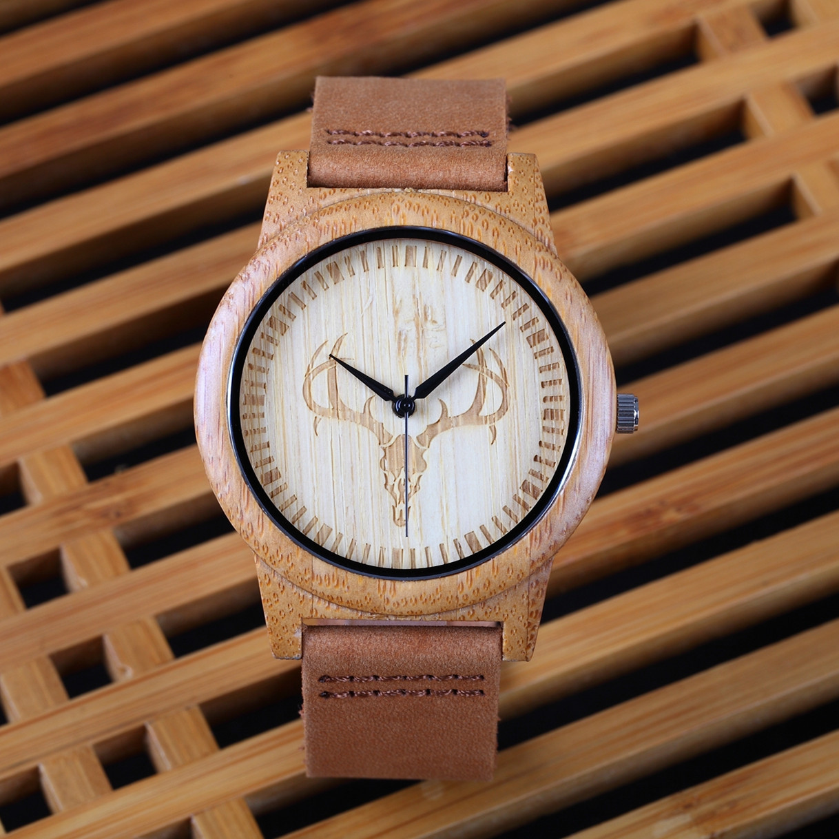2018 Men's Women's Bamboo Wooden Wristwatches With Genuine Leather Band Luxury Deer Wood Watches for Men women as Gifts Item цена