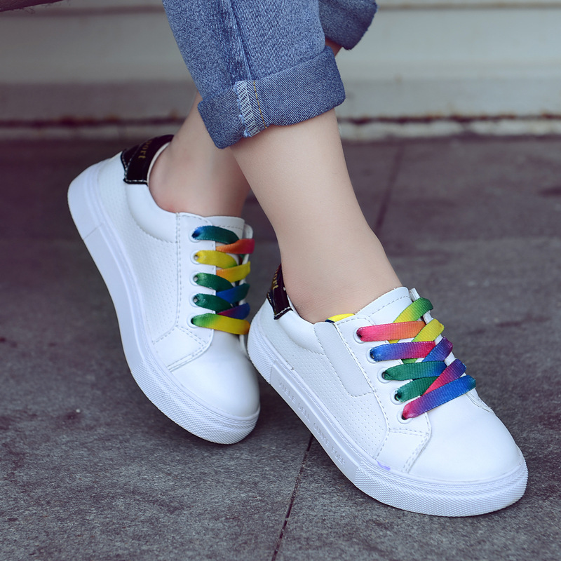 Hot Selling New Style Children Flat Sneakers with Colorful Shoelace Fitness Shoes