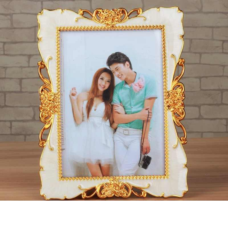1 pcs Fashion Photo Frame Golden/Sliver 7 inch Table Picture Frames For Desk Vintage Photo Frame Gifts Hallway Home Decoration