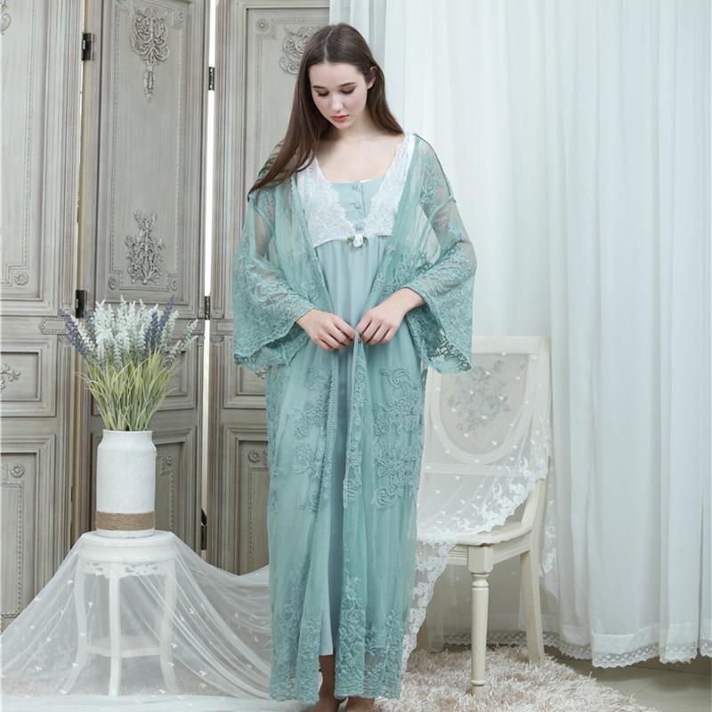 Lace Robe & Gown Set Women Long Nightgowns Vintage Sleepwear Elegant Loose Robe Set European Classical Robes Pretty Ladies Gift