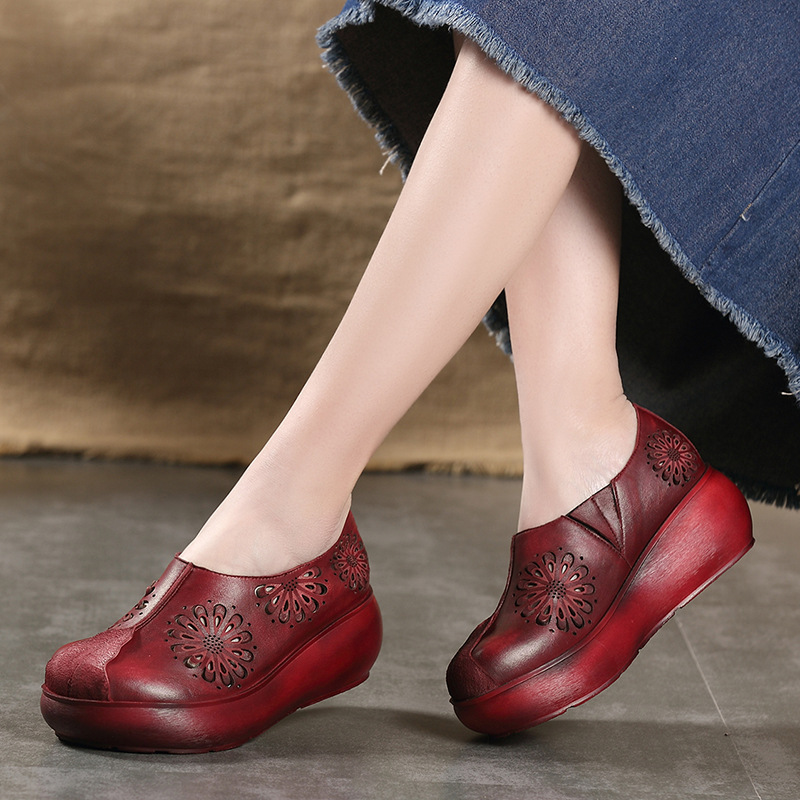 Tyawkiho Genuine Leather Women Pumps Embroidery Red 7 CM High Heels Hollow Out Summer Shoes 2018 Women Handmade Pumps Set Foot tyawkiho genuine leather women slippers flower summer shoes 6 cm high heels red hollow out slippers retro handmade women shoes