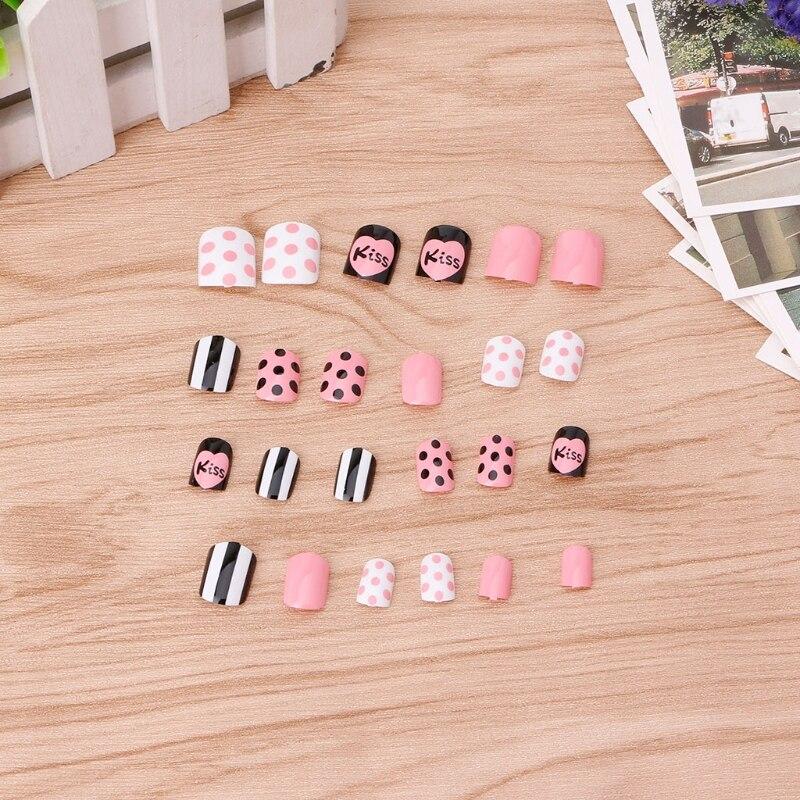 24Pcs/Set KISS no gule Lady Womens Dot Design DIY Manicure Art Tips False Nails Tool Gifts