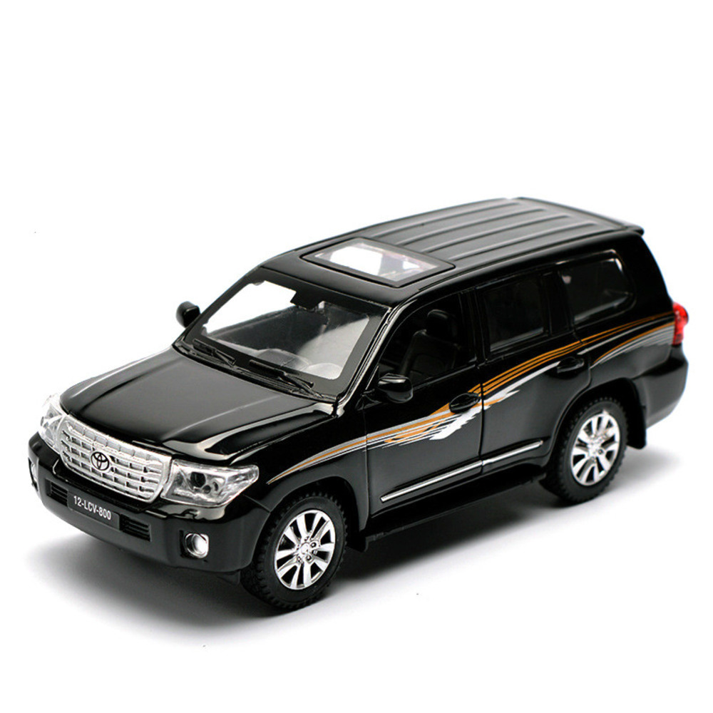 1/32 SUV Toyota Land Cruiser Alloy Car Models 4 Door Opened Pull Back Light Music Metal Vehicle Car Toy For Children Boy Collect