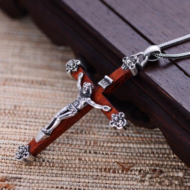 Bijoux en argent noir en gros 925 bijoux en argent sterling pendentif xh024339 homme dominateur jésus croix