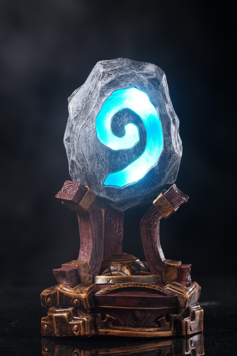 Creative Figure WOW HearthStone Night  Glowing furnace stone Toy Figure 1