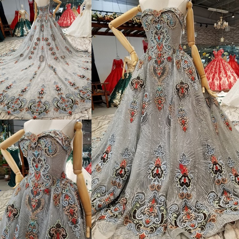 Vintage Silver Glitter Fabric Lace Ball Gowns Wedding Dresses 2018