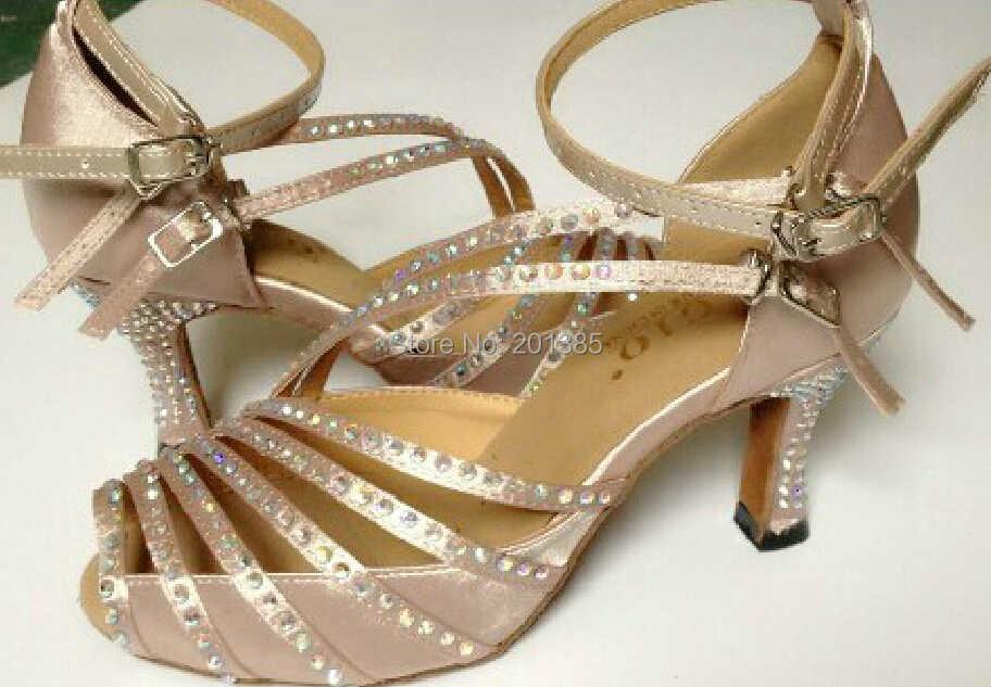Новинка; женские атласные туфли для бальных танцев; обувь для латинских танцев; обувь для танцев; все размеры