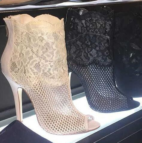 New style woman boots  ankle boots short boots  suit to spring and autumn  stiletto high heels black  color unique pattern
