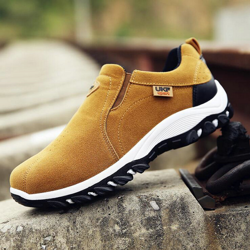 New Autumn Men Mountain Sneakers Slip On shoes Male Suede Leather Trekking Hiking Shoes Outdoor Sneakers Hiking Shoes HB-18Z 1