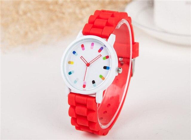 Damski zegarek GENEVA sylikon kolorowe pigułki różne kolory