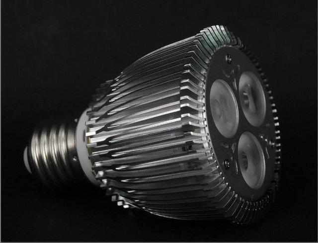E27 LED Par light;PAR20;3*2W;AC100-240V input;cold white color;P/N:DL-PAR20-3*2W-2