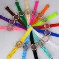 2017 Ginebra Reloj Relojes Mujeres de Lujo de Diamantes de Imitación Relojes de Pulsera para Las Mujeres de Silicona Correa Vestido de Las Señoras Del Relogio Feminino