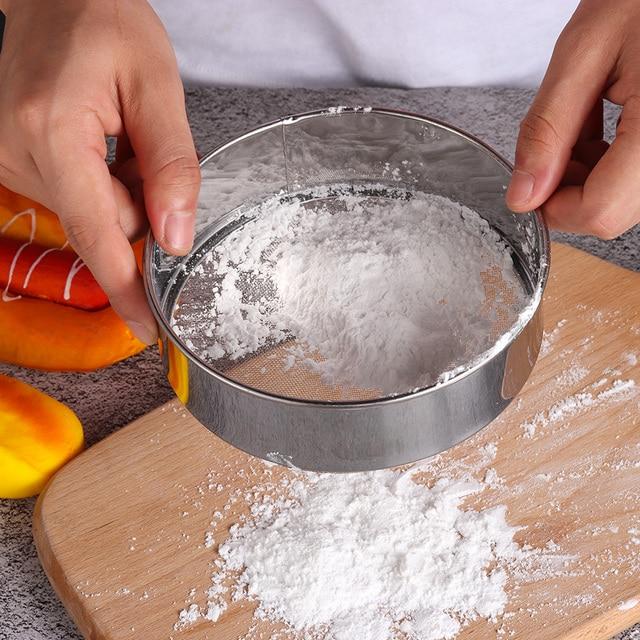 Espesada Acero inoxidable harina tamiz colador azúcar en polvo malla  tamizado tamiz cocina Cake Baking Tools f33c0d061cc3