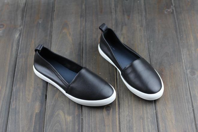 women casual shoes