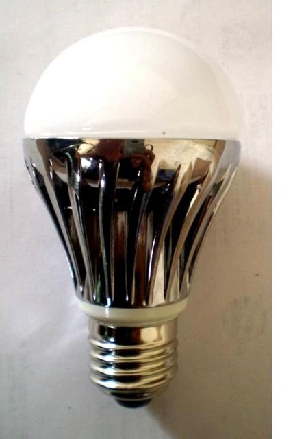 E27 base 5*1W led bulb;warm white;P/N:QP3W023