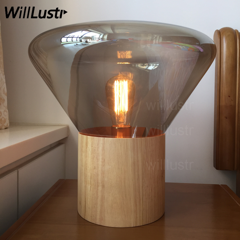 wood base clear smoke amber glass shade table lighting nordic design modern desk light vintage bulb Brokis Muffins table lamp