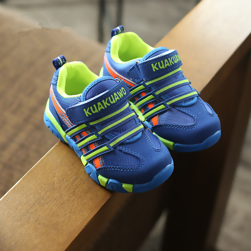 جديد 2017 الخريف الأطفال أحذية الفتيان الفتيات حذاء رياضة أحذية الأطفال أزياء مريحة عارضة أحذية الفتيات الأحذية