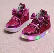 2017 new autumn children's shoes cartoon girls light shoes bright leather LED light anti-skid leisure sports shoes