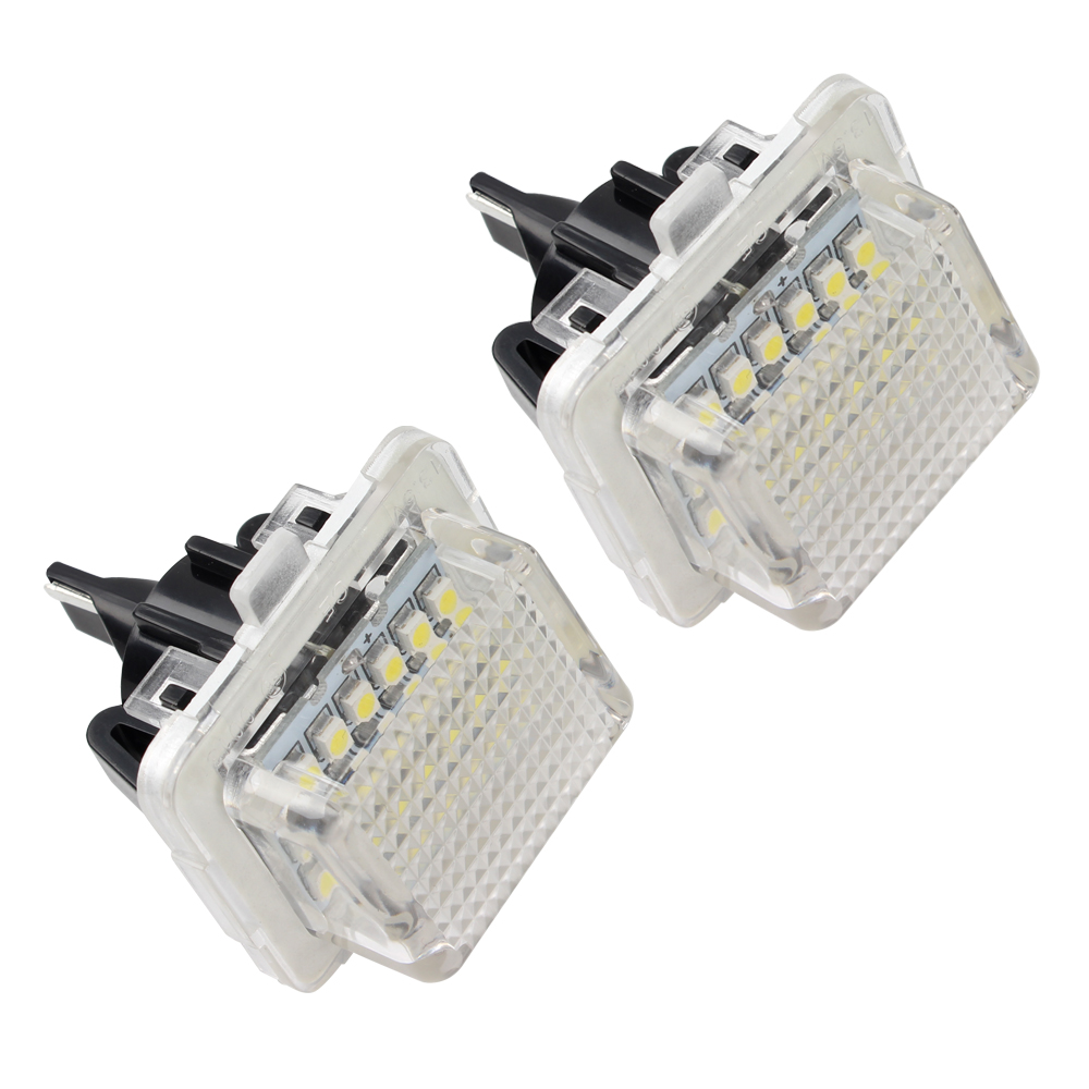 2pcs 3W Super Bright Car LED Number Plate Lamps For Mercedes Benz W204(5D) W212 W216 W221 W207 18 LEDs Auto Number Plate Lights