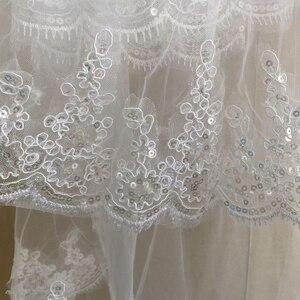 Image 4 - Kısa Ucuz 1.5 Metre Uzun Dantel Aplikler Zarif Tül İki Katmanlı Düğün Gelin Peçe Uzun düğün duvağı Tarak Ile