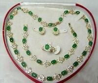 תכשיטים פופולריים סט עגיל טבעת צמיד שרשרת אבן ירוק>> * 18 K מצופה זהב סיטונאי שעון קוורץ אבן CZ קריסטל