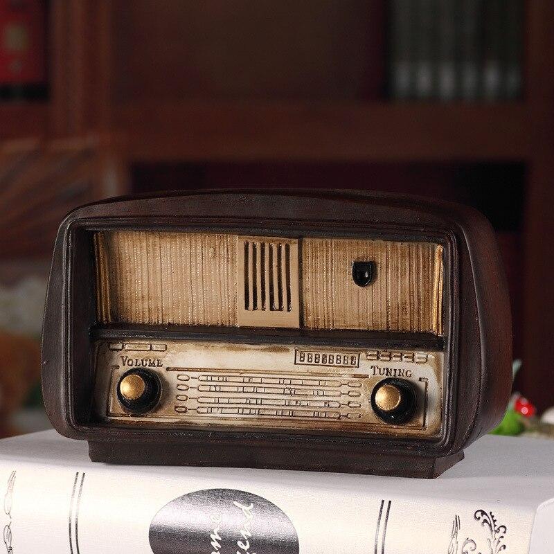 Estilo Europeo resina Radio modelo Retro nostálgico ornamentos Vintage Radio artesanal Bar hogar Decoración Accesorios regalo imitación antigua