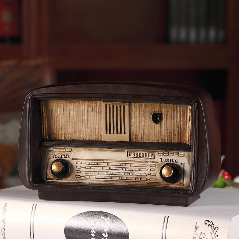 Europe style Resin Radio Model Retro Nostalgic Ornaments Vintage Radio Craft Bar Home Decor Accessories Gift Antique Imitation