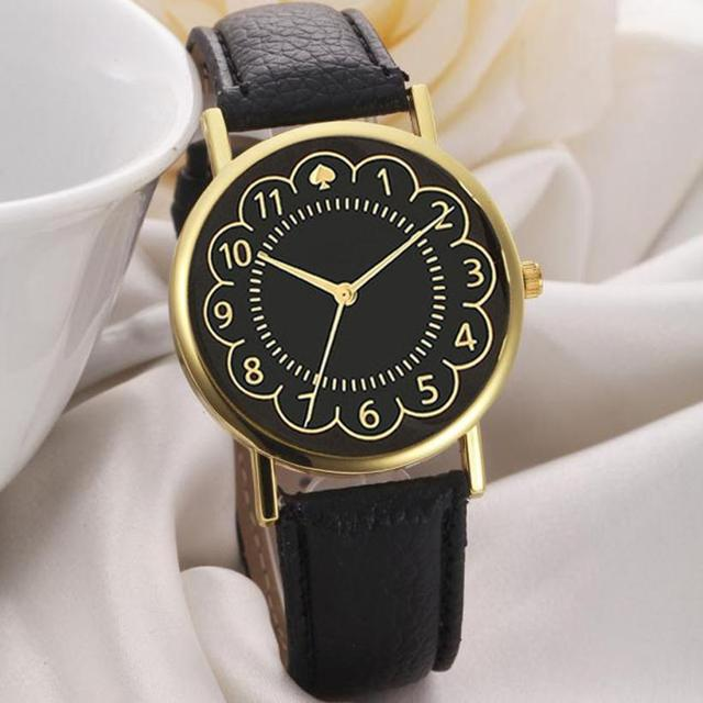 2018 New Quartz Watch Women Simple Style Dial Wristwatch Women's Leather Bracele