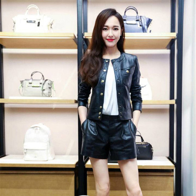Elegant Suits 2016 New Fashion Star New Single Breasted Long Sleeve Short Jacket + Slim Mini Short Pants Black Luxury Sets