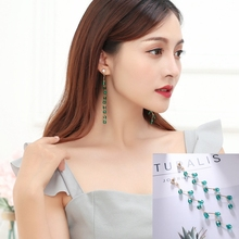 Hot Style Korean Retro Tassel Long Temperament Contracted Crystal Personality Earrings Female Birthday Gift