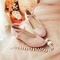 Nova doce cunhas bombas de saltos de casamento sapatos de salto médio mulheres rosa 2017 dedo do pé fechado saltos de cunha sapatos de baile strap Mary Jane sapatos