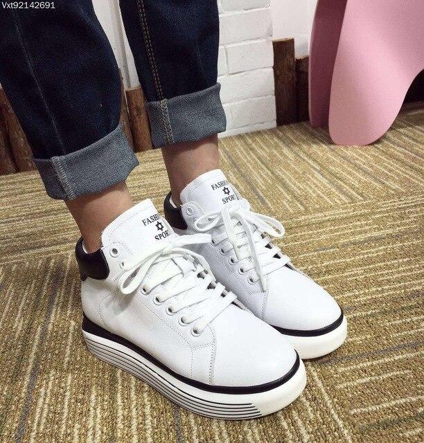 dd820e476 Mulheres Sapatos de Couro Cheia de moda Lace-up Casual Sapatos Respirável  Sapatos de Fundo