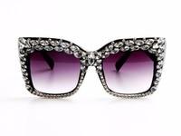 2017 Femmes lunettes de Soleil De Mode Bling Strass Vintage Shades Dames Oversize Hommes lunettes de Soleil Marque Designer