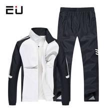babdb764c9ade0 UE 2018 Set Primavera Outono Men Sportswear dos homens 2 Peça Conjunto  Paletó + Calça Agasalho Esportivo Homens Roupas Conjunto .