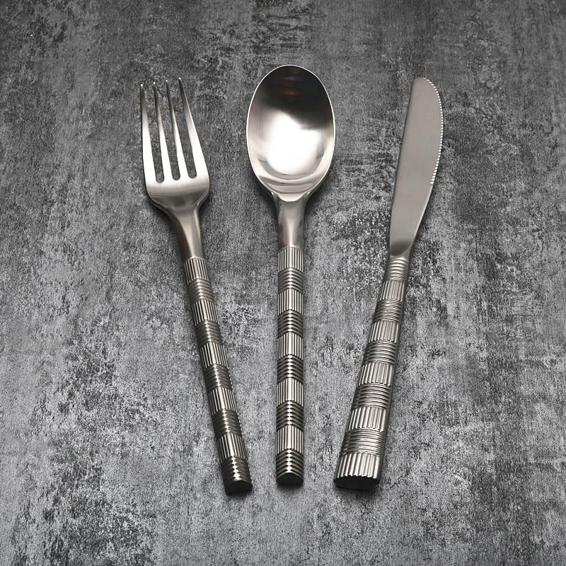Ensemble de couverts en acier inoxydable couteau à Steak Noble et fourchette cuillère assiette ensemble complet de vaisselle occidentale trois ensembles fête épaisse F6K