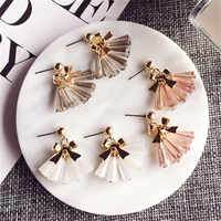 Ajojewel di Cristallo Della Nappa Orecchini Coreano Per Le Donne Bowknot Orecchini con perno Sveglio Dei Monili di Colore Rosa Bianco Grigio