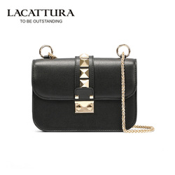 T0030 2017 high quality genuine leather women small chain rivet bags women mini shoulder messenger bag.jpg 250x250