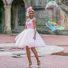 Neue Perlen Pailletten Cocktailkleid V-ausschnitt Tank Rosa Tüll Party Kleider Afrikanische Schwarze Mädchen Luxus Petite Kleider SAU345