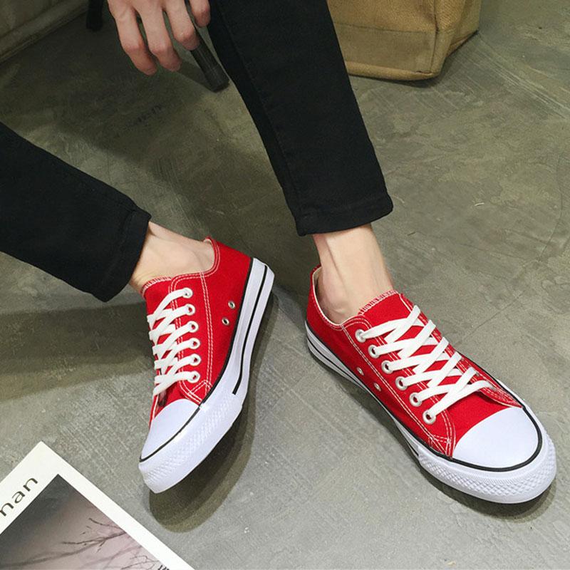 Men Canvas Shoes 2018 Fashion Solid Color Men Vulcanized Couple Shoes Men Spring Autumn Lace-up Casual Fashion Sneakers