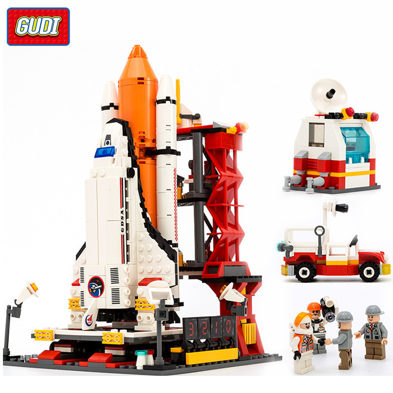 679pcs LegoING Spaceport Space Shuttle Spacecraft Building Blocks Sets Spaceship Creator Bricks Educational Toys For Children gudi city space center rocket space shuttle blocks 753pcs bricks building blocks birthday gift educational toys for children