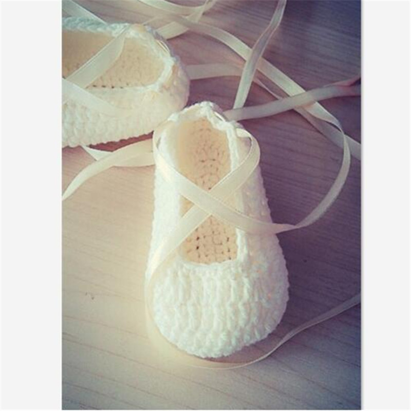 QYFLYXUE Baby Photography Prop White Ballet Shoes Hand Colored Ribbon Shoe