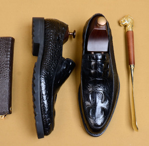 Image 4 - QYFCIOUFU 2019 hommes Crocodile chaussures Slip on robe chaussure pour homme en cuir véritable mariage bureau fête à la main Oxford chaussures EU 46