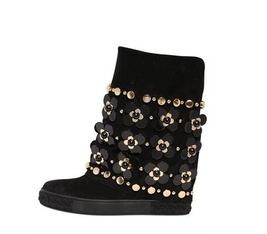 Gold Chain Toe Boot 90MM Perforated Suede Wedge Boots Women Round Toe Metal embellished Slip On Fall Winter Boot Shoes Woman round toe suede slip on plimsolls